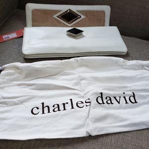 Charles David White Leather Clutxh Purse